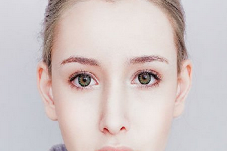 高中女生可以割双眼皮吗