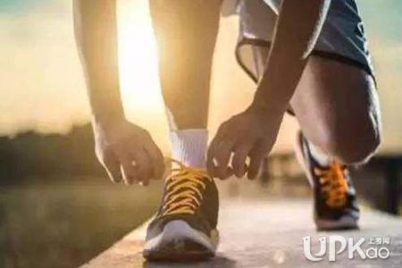 大学坚持早起有哪些好处 大学怎么养成早起的习惯