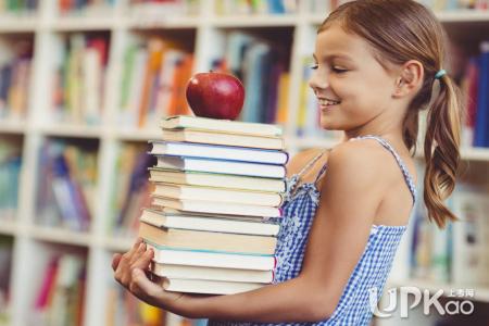 【为什么说大学生最应该去的地方】为什么说大学生最应该去的地方是图书馆